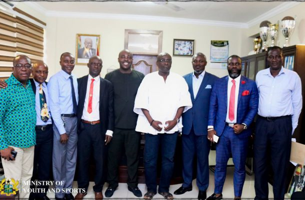 Special Competition: Referees call off strike after meeting with Sports Minister